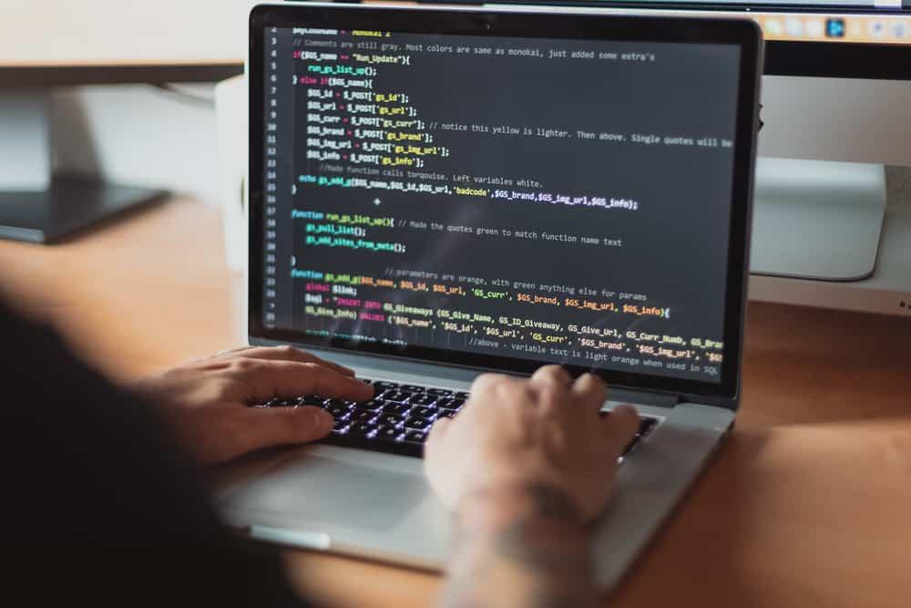 programmeren website met html code